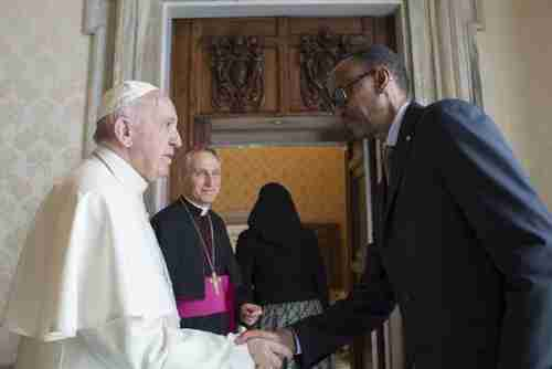 Pope Francis meets Rwanda's president Paul Kagame on Monday (CNA)