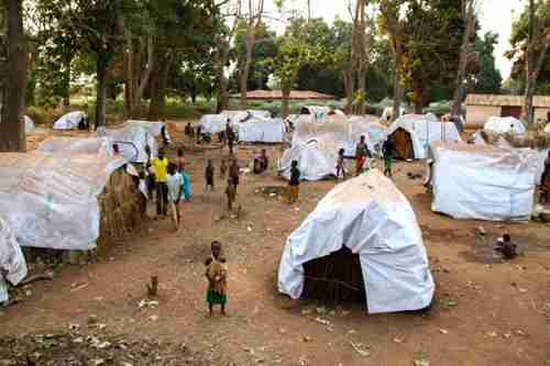 Displacement camp in Central African Republic for people fleeing their homes to escape violence (HRW)
